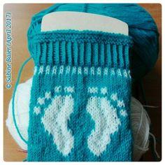 Knitting Patterns Socks Many free sock knitting instructions - designed for the non-profit organization Knitting Socks for R . Knitting Charts, Baby Knitting Patterns, Knitting Socks, Sewing Patterns, Funny Socks, Patterned Socks, Knit Picks, Designer Socks, Free Baby Stuff