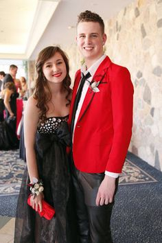 Perfect-looking prom couple! How to accessories prom dress Stunning Prom Dresses, Pink Prom Dresses, Prom Couples, Cute Pink, Big Day, Unique, Accessories, Pink Ball Gowns, Ornament