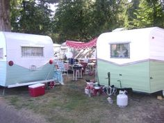 retro camper site...good info and camper/trailers for sale here