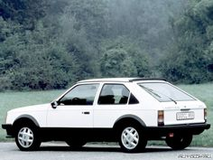 Opel Kadett SR.  Just like my nippy ride in the early 80's.  Nicer looking that the subsequent GTE.  SHOULDA KEPT IT!