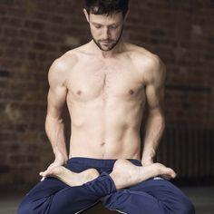 Yogaplusmore Antonbrandt Yoga ManMale
