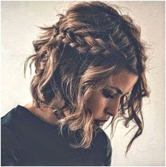 Do you like your wavy hair and do not change it for anything? But it's not always easy to put your curls in value … Need some hairstyle ideas to magnify your wavy hair? Short Braids, Short Wedding Hair, Braids For Short Hair, Short Prom, Fast Hairstyles, Trending Hairstyles, Braided Hairstyles, Hairstyle Short, School Hairstyles