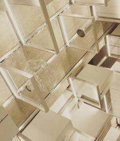 architettura luminosa #viabizzuno #design #light #furniture #arredo #interior #mdw2016 #SaloneDelMobile #milan #milano #designitaliano #italiandesign #architecture #square #quadrato by lionman83