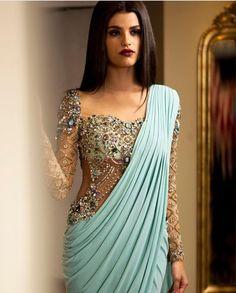Long sleeve saree