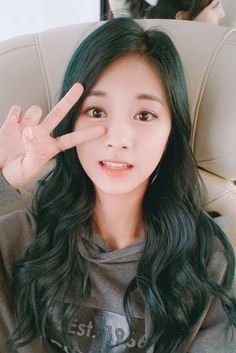 korean-dreams-girls: Tzuyu (Twice) - Selca Twice Tzuyu, Twice Jyp, Kpop Girl Groups, Korean Girl Groups, Kpop Girls, Nayeon, Tzuyu And Sana, Divas, Chou Tzu Yu