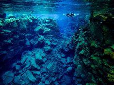 Na světě stále existuje spousta míst, kam turisté nejezdí. Prozkoumejte s námi neskutečně krásná místa a třeba budete jedni z prvních objevitelů. Snorkeling, Iceland, Brave, Aquarium, Water, Instagram, Dune, Diving
