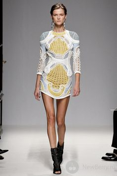 Balmain 2013, perfection. I need those shoes to!