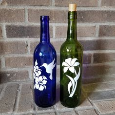 500 Bottle Painting Ideas In 2020 Bottle Painting Glass Crafts Bottle Crafts