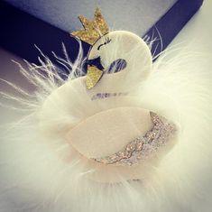 Swan Clip nanabelleboutique.net Boutique Clothing, Swan, Swans