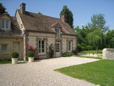 Traditional Exterior Photos Stone Cottage Design, Pictures, Remodel, Decor and Ideas French Country Exterior, French Country House Plans, French Country Cottage, French Countryside, French Farmhouse, Cottage Style, French Country Decorating, Rustic French, Country Style