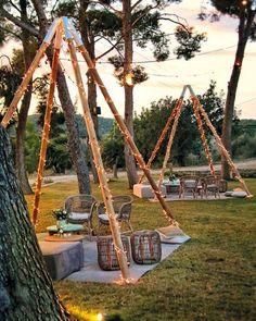 Essential OutDoor Wedding Tips - Wedding Tips 101 Bodas Boho Chic, Outdoor Restaurant, Outdoor Living, Outdoor Decor, Outdoor Furniture, Beach Bars, Cafe Design, Backyard Landscaping, Glamping