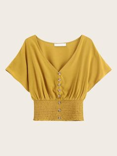 Indian Blouse Designs, Cute Casual Outfits, Pretty Outfits, Fashion Designer, Blouse Online, Lingerie Sleepwear, Blouse Styles, Blouses For Women, Lounge Wear