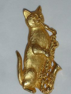 Cat Playing a Saxophone,Goldtone Costume Jewelry