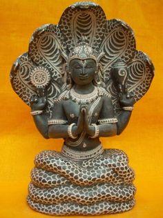 Yoga Guru Patanjali Black Stone Sculpture with 5 Headed Serpent Brass Statues, Stone Statues, Yoga Room Decor, Indian Bedding, Hindu Statues, India Design, Stone Sculpture, Hindu Art, Stone Carving