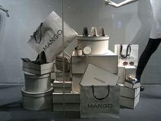 Mango windows, Jakarta visual merchandising