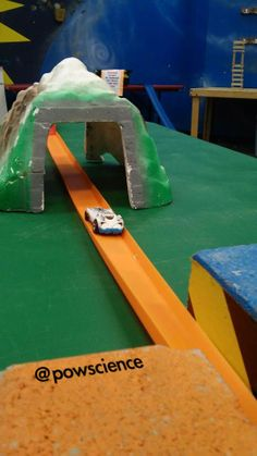 Hot Wheels & @BluTrack Every Wednesday at Pow!Science! Click through to see pictures from today's set up!