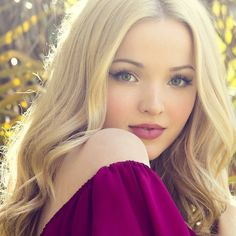 Dove Cameron Photos of Beautiful Eyes, Beautiful Women, Dove Cameron Style, Beauté Blonde, Belle Silhouette, Actrices Sexy, Celebs, Celebrities, Supergirl