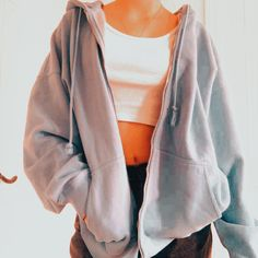 Teen Fashion Outfits, Look Fashion, Outfits For Teens, Girl Outfits, 70s Fashion, Fashion History, Korean Fashion, Vintage Fashion, Cute Lazy Outfits