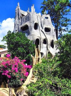 The Crazy House in Dalat, North Vietnam was built by Madame Hang Nga, the daughter of Ho Chi Minh's right-hand man, to reflect her interest in art and architecture.  The structure now functions as a guest house.