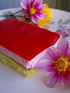 En Guete!!!: Torta de yogurt Cheesecake, Cookies, Desserts, Food, Colorful, Canela, Christmas Trifle, Sweets, Food Cakes