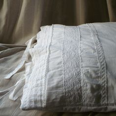 shabby, pillow