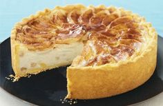 Apple Cheesecake recipe - lower carb and sugarfree version. Great to serve family and friends.
