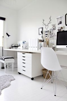 All white home office - design ideas Work inspired. Home office/work space, photo by Atlanta Homes small office 20 Amazing Home Office Desi.