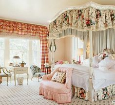 Beautiful Blue Shabby Chic Bedroom Ideas – Shabby Chic Home Interiors Shabby Chic Moderne, Modern Shabby Chic, Shabby Chic Bedrooms, Shabby Chic Homes, Romantic Bedrooms, Luxury Bedrooms, Guest Bedrooms, Shabby Chic Canopy Bed, Romantic Bedroom Design