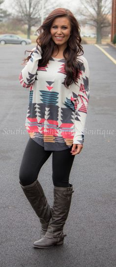 Oatmeal Aztec Tunic / Southern Sophisticate Boutique I love this outfit Fashion Moda, Look Fashion, Womens Fashion, Ankara Fashion, Tribal Fashion, Mode Outfits, Casual Outfits, Fashion Outfits, Country Outfits