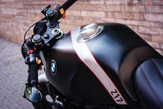 Black Swan 'Z17/5' - RocketGarage - Cafe Racer Magazine
