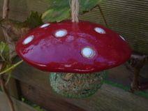 Keramik Meisenknödelhut Garten Fliegenpilz rot