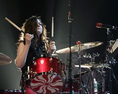 They're are few people I would like to meet more then Meg Meg White, Jack White, Female Drummer, Seven Nation Army, The White Stripes, Sound & Vision, White Strips, Gretsch, David Bowie
