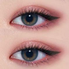 Trendy Eye Korean Make Up Asian Makeup Ideas Trendy Eye Korean Make Up Asian Makeup IdeasBeauty Hacks for Teens - Eye Makeup Tricks - Worth Knowing - DIY Makeup Tips and H # Eyes # Beauty . Korean Makeup Look, Korean Makeup Tips, Asian Eye Makeup, Pink Eye Makeup, Natural Eye Makeup, Cute Makeup, Smokey Eye Makeup, Simple Makeup, Makeup Eyeshadow