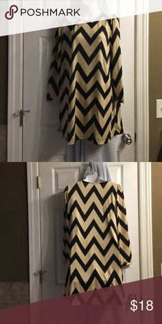 "Dress Super cute cream and black chevron dress. Never worn! Size is XXL but fits more like an XL. 33"" from shoulder to hem. Dresses Long Sleeve"