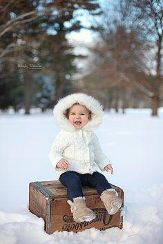 snow toddler www.wendyrakvicaphotography.com