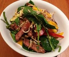 Recipe Thai Beef Salad by marinachalmers, learn to make this recipe easily in your kitchen machine and discover other Thermomix recipes in Main dishes - meat. Meat Recipes, Asian Recipes, Whole Food Recipes, Cooking Recipes, Healthy Recipes, Healthy Food, Thai Beef Salad, Dinner Salads, Salads