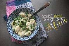 Sweet Peas & Shells Alfredo // shutterbean