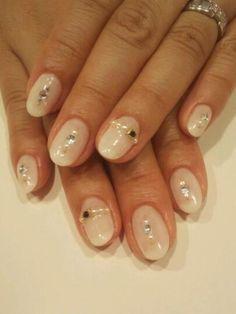 大人気の乳白色☆ 【COLORFUL】 http://nail-beautynavi.woman.excite.co.jp/design/detail/43307?pint ≪ #nail #nails #nailart #softgel #gelnail #ジェルネイル #冬ネイル≫