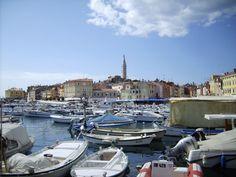 Unser Kroatien Reiseführer vermittelt Ihnen die wichtigsten Informationen für einen erholsamen und unbeschwerten Urlaub im wunderschönen Kroatien.