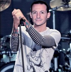 Chester Bennington Linkin Park My hero..still heartbroken  Thank you for everything...