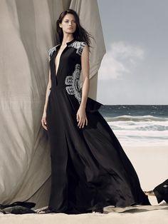 BCBG Max Azria Resort 2015 #Vogue #Fashion