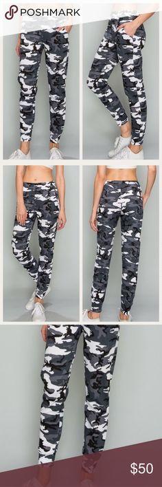 Dog Pawprints in Heart Soft//Cozy Sweatpants Boys Active Basic Jogger Fleece Pants for Teen Girls
