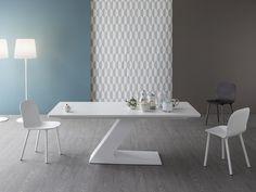 TL Lacquered table by Bonaldo design Giuseppe Viganò