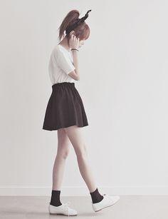 Korean fashion Ulzzang Fashion, Kpop Fashion, Kawaii Fashion, Korea Fashion, Asian Fashion, Cute Fashion, Girl Fashion, Fashion Outfits, Womens Fashion