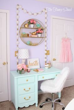 Today I thought I would share Sami's new room we finished for her a couple weeks ago. We moved into a new home this summer and Sami was read...