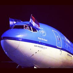 Arrival of the first flight from KLM to Buenos Aires - 31 Oct 2011