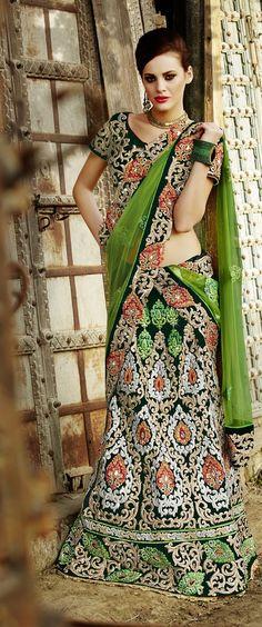 Khazanakart Heavy Embroidery Velvet Saree in Dark Bottle Green Color