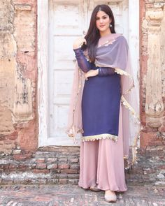 Pakistani Fashion Casual, Pakistani Dresses Casual, Pakistani Dress Design, Muslim Fashion, Indian Fashion, French Fashion, Hijab Fashion, Korean Fashion, Designer Party Wear Dresses