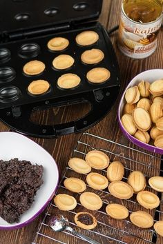 Polish Recipes, Polish Food, Waffle Iron, No Bake Cookies, International Recipes, Raisin, Vegetable Recipes, A Food, Food Processor Recipes