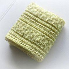 https://www.craftsy.com/knitting/patterns/little-acorns-blanket/497780